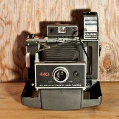 Polariod Land Camera