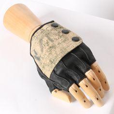 Spat gloves.