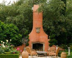 Tall chimeney - fireplace - chimenea alta