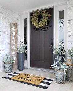 What a gorgeous front porch styled by - we are loving our Magnolia Wreath against her black door! What a gorgeous front porch styled by - we are loving our Magnolia Wreath against her black door! Br House, House With Porch, Farm House Porch, Outside House Decor, Porch Styles, Deco Studio, Farmhouse Front Porches, Small Front Porches, Small Patio