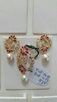 Gold Earrings Designs, Gold Jewellery Design, Bead Jewellery, Pendant Jewelry, Beaded Jewelry, Pendant Set, Gold Jewelry, Gold Designs, Trendy Jewelry