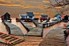 pictures of homes in hungary | Bokod Hungary Lake Houses