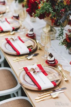 In celebration of Canada Day, we're excited to share this red, white, and seriously stunning shoot with you! The al fresco tablescape is filled with inspiration for a late summer or fall celebration. Photography by: Purple Tree Photography | WedLuxe Magazine