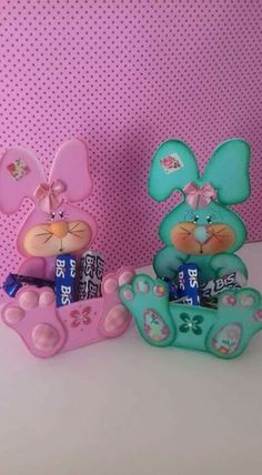 Easter Crafts Bunny Crafts Candy Boxes Deco Mesh Easter Baskets Coelho Projects To Try Puppets Decoupage Foam Crafts, Crafts To Make, Easy Crafts, Crafts For Kids, Paper Crafts, Clown Party, Dollar Tree Decor, Bunny Crafts, Easter Treats