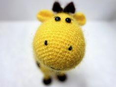 Häkelanleitung Giraffe Peppi - Ein großes Tier als kleines Amigurumi. Schnell gehäkelt. :)