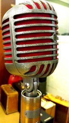 Sun Studios.  The mic that recorded radio gold!
