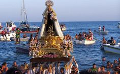 Una tradición unida a los marineros y gentes del mar. Hoy os contamos como se celebra el Día del Carmen en populares puertos de cruceros.