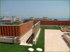 gazon synthétique terrasse et balcon http://www.gazon-synthetique-agco.fr/