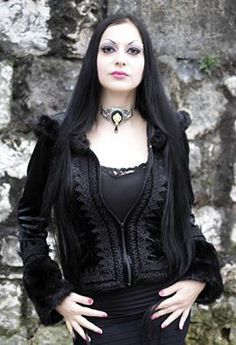 Black velvet gothic coat with fake fur by Sinister (680) worn by Arnela Boycie. Photography: unkown.