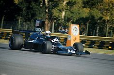 Shadow DN 3 Ford Cosworth DFV  (V8-3,0L )-'74 -# 16 Peter Revson - UOP Shadow Racing Team.