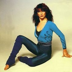 """The special edition : """"НЮ и не только"""": Kate Bush: humus Green Leotard, Uk Singles Chart, Blue Jumpsuits, Her Music, Record Producer, Leotards, Celebs, Lady, Model"""
