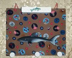"""Garderoben - Kindergarderobe inkl. Aufbewahrungskästchen """"Hai"""" - ein Designerstück von My-Sweet-Bambiente bei DaWanda"""
