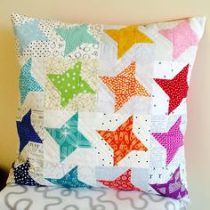 """""""It's finished! My Rainbow of Stars cushion is my first quilts finish for the new year Pattern by @sewdeliciousros in @homespunmagazine (Dec2015) #sewing…"""""""