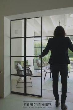 Kitchen Glass Doors, Glass Barn Doors, Interior Windows, Interior Folding Doors, Door Design, House Design, Partition Door, Country Modern Home, Internal Sliding Doors