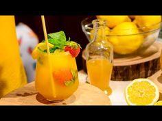 Σπιτική λεμονάδα με μέλι και γρανιτένια παγάκια - YouTube Cantaloupe, Fruit, Drinks, Cooking, Youtube, Recipes, Book, Greek, Kitchens