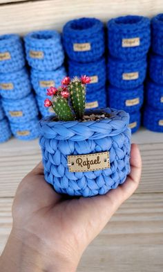 Crochet Box, Crochet Quilt, Crochet Flowers, Knit Crochet, Crochet Plant Hanger, Knit Basket, Crochet Decoration, Crochet Handbags, Knitting Stitches