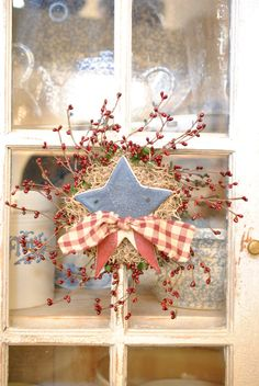 Patriotic Star Red Berry Wreath Americana by cookiedoughcreations, $11.95