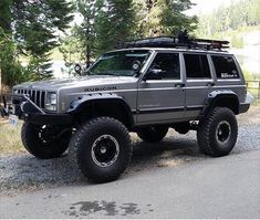 Jeep Comanche Mods Style Off Road 63 Jeep Xj Mods, Jeep Suv, Jeep Truck, Lifted Jeep Cherokee, Jeep Grand Cherokee Models, Jeep Baby, Badass Jeep, Old Jeep, Jeep Patriot
