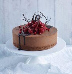 New Year's Desserts, No Bake Desserts, Dessert Recipes, Kolaci I Torte, Chocolate Dreams, Valentines Food, My Dessert, Cake Decorating Tips, Pretty Cakes