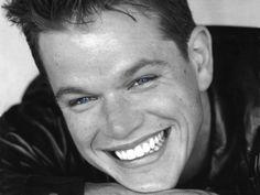 Matthew Paige Damon (n. Cambridge, Massachusetts; 8 de octubre de 1970) es un actor, guionista y filántropo estadounidense. Su carrera se inició a raíz del éxito de la película Good Will Hunting (1997). Fue ganador del premio Óscar al mejor guion original por Good Will Hunting y nominado a mejor actor por el mismo trabajo. Damon desde entonces ha participado en películas de éxito comercial como Saving Private Ryan (1998) o dando vida a Jason Bourne