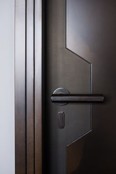 ideas for sliding door handle design Bedroom Door Design, Door Design Interior, Main Door Design, Wooden Door Design, Design Living Room, Bedroom Doors, Interior Doors, Modern Interior, Wood Bedroom