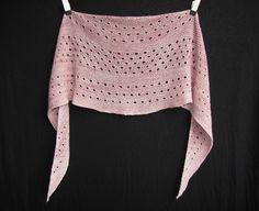 Ravelry: Melodia shawl with madelinetosh TML - knitting pattern by Janina Kallio.