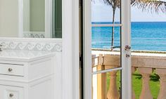 I mean...who would ever turn that view down?! #palmbeach