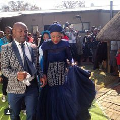 Tokelo Rantie and Diski Divas star Gigi& traditional wedding (PHOTOS) African Wedding Attire, African Attire, African Wear, African Women, African Dress, African Weddings, Sotho Traditional Dresses, African Traditional Wedding Dress, Traditional Outfits