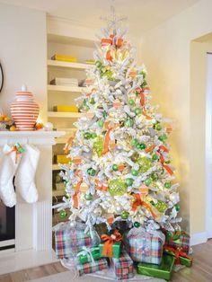 Make your own Colour chip Ornaments! | Maria Killam