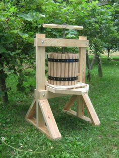 Apple grinder and cider press The DollMan Pinterest