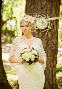 Toller Retro Look mit kurzem Birdcage Schleier! Must-have für deine Traumhochzeit: die schönsten Brautschleier