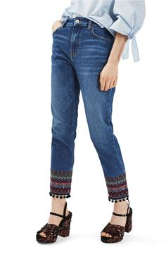 Topshop Embroidered Pompom Jeans // the affordable alternative to those Etro's. Denim Shirts For Girls, Jean Shirts, Pant Shirt, Jeans Pants, Mom Jeans, Jean Diy, Folk Fashion, Women's Fashion, Fashion Details