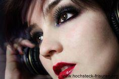 24 Holiday Get together Makeup Tutorials | Hochsteck Frisuren