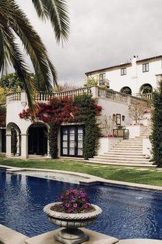 Spanish style homes – Mediterranean Home Decor Spanish Style Homes, Spanish House, Spanish Colonial, Spanish Mansion, Spanish Revival, Luxury Mediterranean Homes, Luxury Homes, Mediterranean Decor, Tuscan Homes