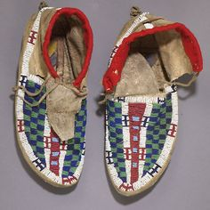 Lakota Sioux Beaded Hide Moccasins, - Cowan's Auctions