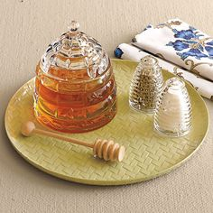 Beehive Honey Pot  Shaker Set