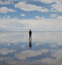 The biggest mirror of the world. Lake Salar de Uyuni, Bolivia