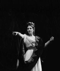 Maria Callas - Norma (Paris, 1965)
