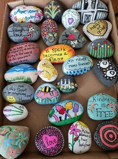 Drawing Ideas Nature Hippie 65 Super Ideas - Easy Crafts for All Rock Crafts, Cute Crafts, Crafts To Do, Crafts For Kids, Arts And Crafts, Diy Crafts, Stone Crafts, Sewing Crafts, Rock Painting Ideas Easy