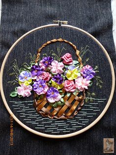 Gallery.ru / Photo # 11 -  embroider using ribbons. So pretty!