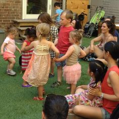 Spinning in circles to Suzi Shelton #normanandjulesbackyard
