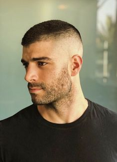 The Art of the Male Body — vintagegayguysforadultsonly: Ray Dragon Very Short Hair Men, Short Hair Cuts, Short Hair Styles, Short Hair With Beard, Bald Fade, Shaved Head, Hommes Sexy, Fade Haircut, Men Haircut Short
