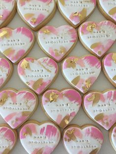 59 best wedding favour biscuits images in 2019 Paint Cookies, Fondant Cookies, Iced Cookies, Cute Cookies, Cupcake Cookies, Cupcakes, Biscuit Wedding Favours, Cookie Wedding Favors, Wedding Desserts