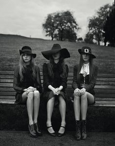 The Look: Cara Delevingne, Codie Young and Charlie Bredal photographed by Richard Bush for i-D, Pre-Spring 2013 I would totally wear the one on the right Cara Delevingne, Dark Fashion, Gothic Fashion, Modern Witch Fashion, Style Fashion, Witch Outfit, Retro Mode, Season Of The Witch, Southern Gothic