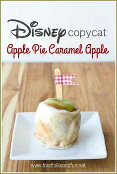 This Apple Pie Caramel Apple is just like the ones at Disney | www.foodfolksandfun.net | #copycatrecipe #disneyrecipe