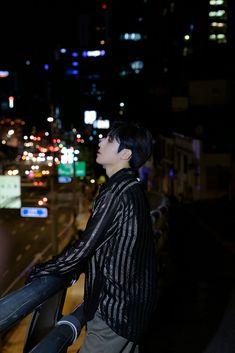 Boys Who, Korean Singer, Behind The Scenes, Singing, Idol, Boyfriend, Beautiful, Concert, Anime