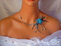Collier de perles, fleurs et plumes Lola à personnaliser