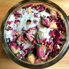 DIY Skin Care Recipes : These beautiful bath crystals are a combination of Epsom salt, Himalayan pink salt, powdered milk, rose buds, rose petals and an essential oil blend of Moroccan Chamomile and Geranium. -Read More – Love Rosy, Mountain Rose Herbs, Bath Tea, Milk Bath, Dried Rose Petals, Beauty Recipe, Homemade Beauty, Bath Salts, Me Time