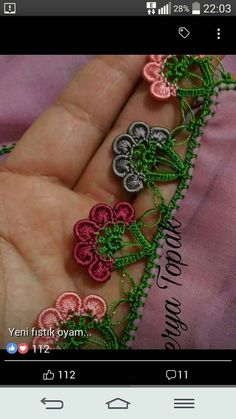 This Pin was discovered by emi Crochet Edging Patterns, Crochet Lace Edging, Crochet Borders, Crochet Designs, Lace Flowers, Crochet Flowers, Crochet Shoes, Knit Crochet, Beaded Embroidery