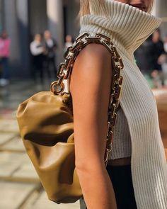 Fashion Gone rouge: Photo Covet Fashion, Fashion Gone Rouge, Fashion Details, Fashion Beauty, Fashion Show, Fashion Outfits, Womens Fashion, Fashion Design, Fashion Trends